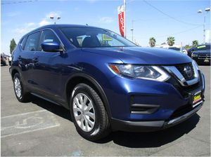 2018 Nissan Rogue for Sale in Fowler, CA