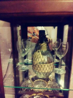 Curio cabinet/crystal and china for Sale in Kingsport, TN