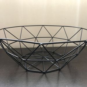 Metal Wire Iron Basket (4 pack) for Sale in Seattle, WA