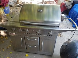 Kirkland Signature nex grill bbq for Sale in Fresno, CA