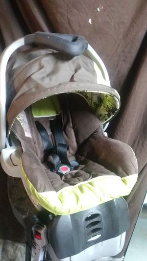 Baby Trend Carseat for Sale in Spring Hill, FL