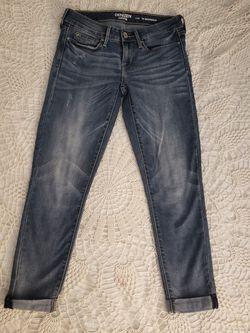 Denizen Levi's Low Rise Boyfriend Denium Jeans Size 25 for Sale in North Las Vegas,  NV