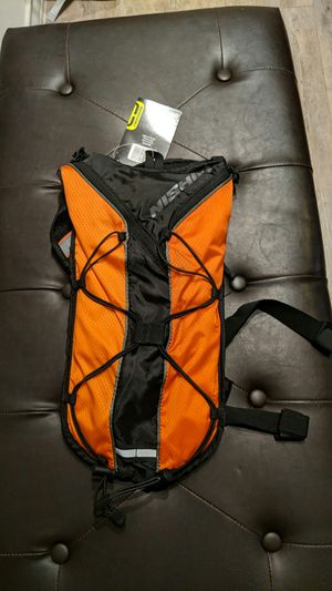 Nishiki Adult Oswego 70 oz. Hydration backpack for Sale in Irving, TX