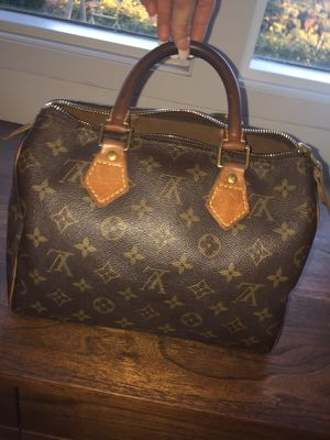 Authentic Louis Vuitton speedy size 25 for Sale in Portland, OR