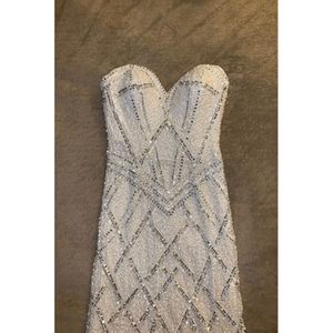 Scala prom/ wedding dress for Sale in Gainesville, VA
