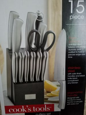 Cooks tools 15 pieces Stainless steel cutlery set brand new for Sale in Renton, WA
