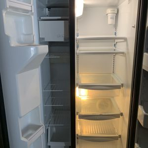 Side By Side Refrigerator In Stainless Still . for Sale in Bristow, VA