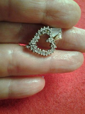 CHARM DIAMOND HEART 10K YG for Sale in Orlando, FL