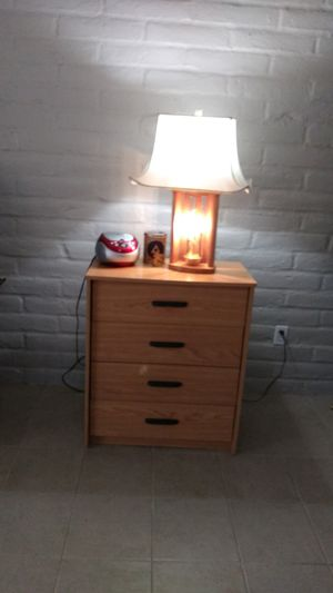 4- drawer dresser & two -2 drawer nightstands & entertainment stand & small TV: all $35ea. for Sale in Tucson, AZ