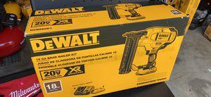 DEWALT DCN680D1-20-Volt Max Lithium-Ion 18-Gauge Cordless Brad Nailer Kit for Sale in Raleigh, NC
