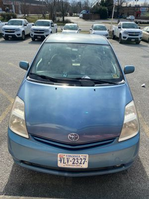 Toyota Prius 2005 low mileage 72k for Sale in Ashburn, VA