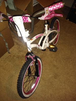 "Hello Kitty Dynacraft Girls BMX Street Bike 18"", White/Black/Pink for Sale in Hampton, VA"