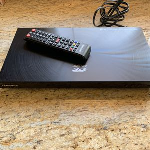 BluRay DVD 3D Player Samsung Brand (Non working) for Sale in Claremont, CA