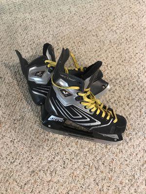CCM Vector Hockey Skates Sz 8 for Sale in Grosse Pointe Farms, MI