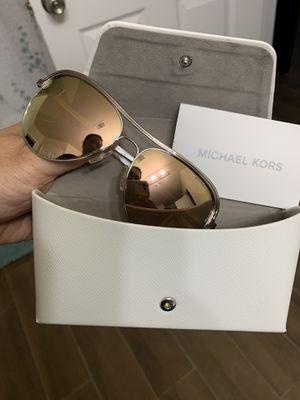Michael kors Sunglasses new for Sale in Houston, TX