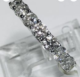 Diamond Wedding Ring 0.82 Carat Diamonds 18 K White Gold New York Accredited Gemological Institute Lab Report And Appraisal $3300 Buy Now $1440 for Sale in Fort Lauderdale, FL