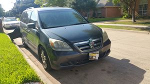 Honda Odyssey Van, Year 2005, everything works great but tailed today for Sale in Dallas, TX