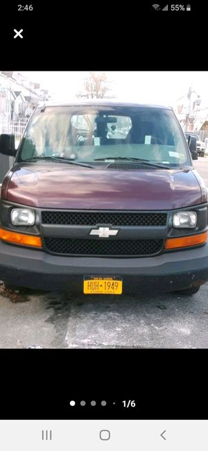 2003 Chevy express 1500 for Sale in Queens, NY
