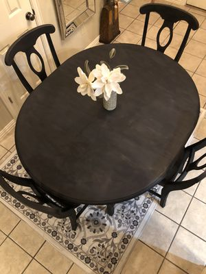 Table and Chairs for Sale in Arlington, TX