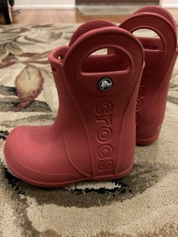 Rain boots Toddler Size 7 for Sale in Tacoma, WA
