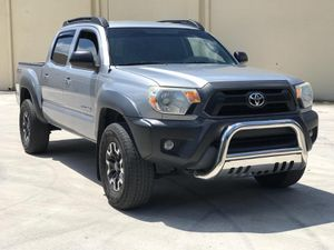 2014 TOYOTA TACOMA ****TRUCK MUST GO TODAY***** for Sale in Hollywood, FL