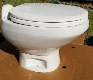 Thetford RV Toilet Mod. 42053 white Style II Low for Sale in Orangevale, CA