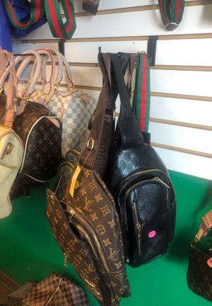 Fashion shoulder bags for Sale in Dayton, OH