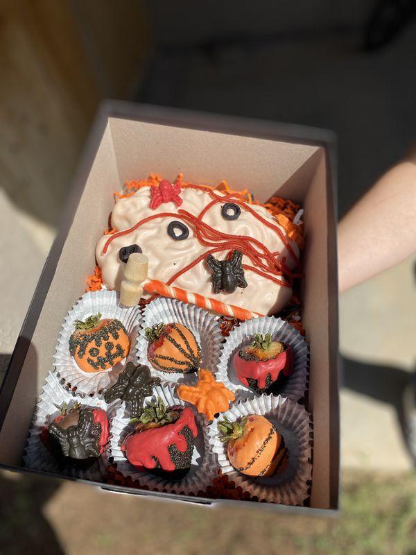 Spooky treat box