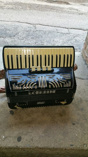 Accordion for Sale in Third Lake, IL
