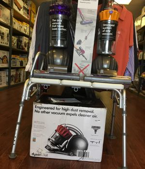 Dyson vacuum very good price for Sale in Los Angeles, CA
