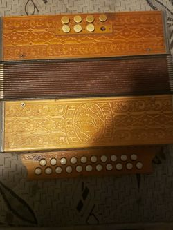 Hohner Accordion for Sale in Fresno,  CA