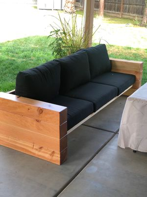 Patio furniture- bench for Sale in Fresno, CA