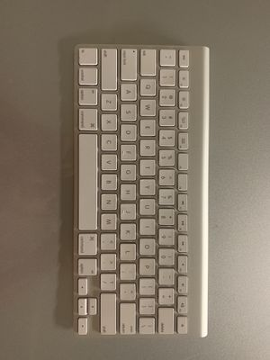 Apple wireless keyboard for Sale in Newark, CA
