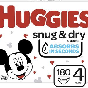 Huggies Snug Dry size 4 diapers-pañales for Sale in Downey, CA