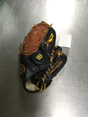 Wilson Easy Catch Baseball Glove for Sale in Marlboro Township, NJ