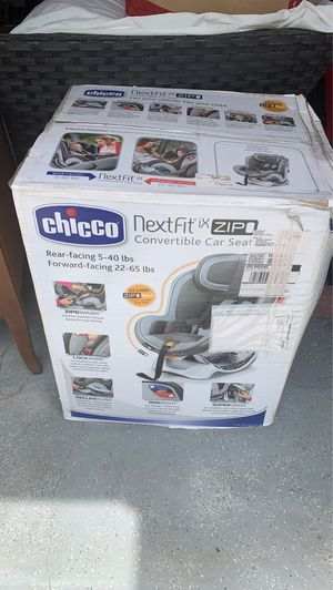 Chicco NextFit convertible car seat for Sale in Panama City, FL