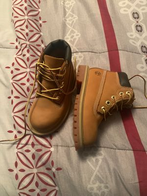 Toddler timberland wheat boots size 8 for Sale in Hermitage, TN