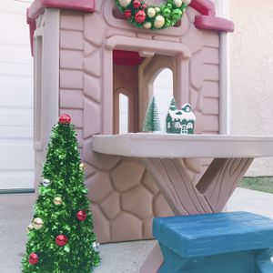 Kids Playhouse And Play Table for Sale in Ontario, CA