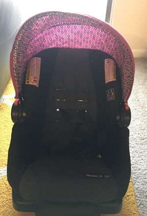 Graco car seat for Sale in Raleigh, NC