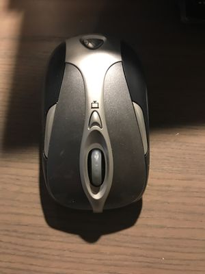 microsoft wireless notebook presenter mouse 8000 for Sale in Medford, MA