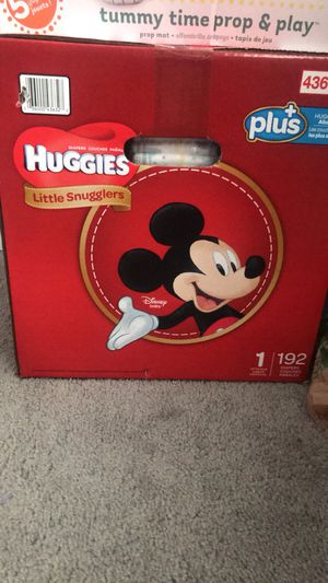 Size 1 Huggins diapers 55 for Sale in Chicago, IL