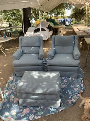 Set of two blue arm chairs & ottoman for Sale in Kerman, CA