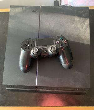 PS4 with controller for Sale in Fort Worth, TX