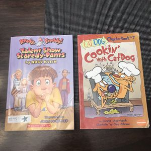Lot Of 2 Kids Chapter Books Ready Freddy Cookin With A Cat Dog for Sale in Atwater, CA