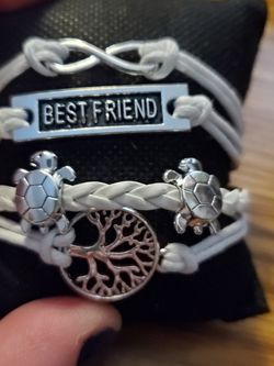 Best Friend White Bracelet for Sale in Wenatchee,  WA