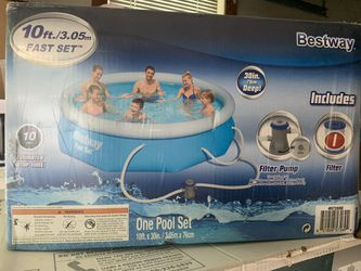 """Brand New Bestway 10' x 30"""" Fast Set Inflatable Above Ground Swimming Pool w/ Filter Pump for Sale in Manassas Park,  VA"""
