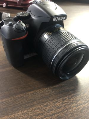Nikon D3500 camera with lens for Sale in Palm Harbor, FL
