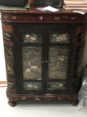 Antique china bar for Sale in Beverly Hills, CA