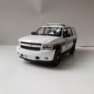 NEW Large 2008 Chevy Tahoe SUV Police Cop Car Toy Diecast Metal Model Scale 1/24 1:24 124 Chevrolet for Sale in Trenton, NJ