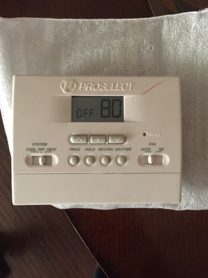 Proselected programmable thermostat. for Sale in Huntington Park, CA